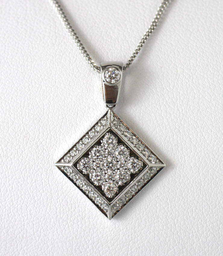 Round Diamond & White Gold Pendant
