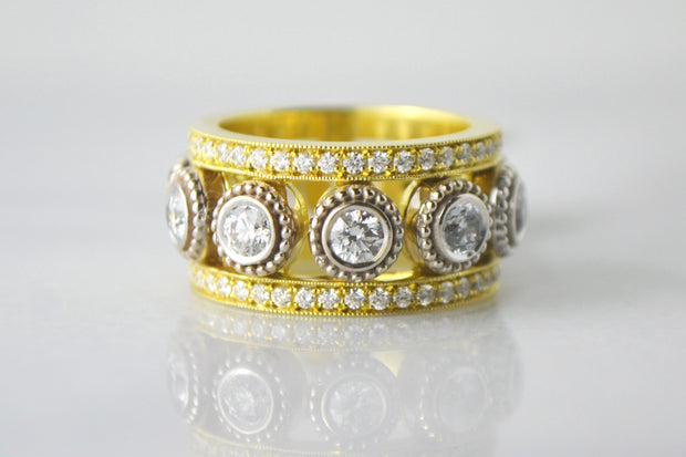 Two-Tone Diamond and Pave Band
