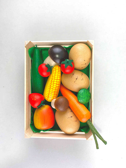 Wooden Veggie and Fruit Set