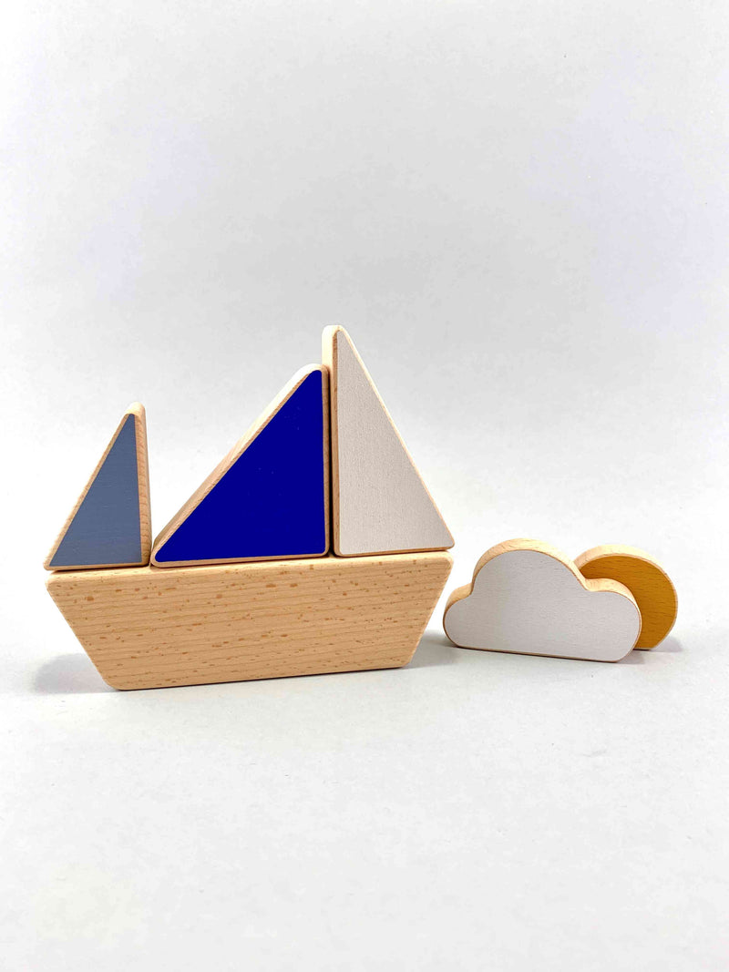 Minimalistic Stacking Boat Toy