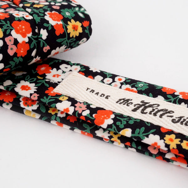 Pointed Tie - Small Flowers Print