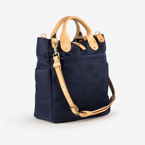 Winter Session Garrison Bag Navy