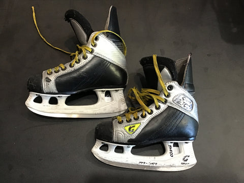 Graf Supra 502 Hockey Skates - Size: 1.5 - Used(Good)