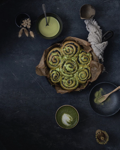 Matcha cinnamon rolls with black sesame