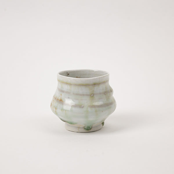 Organic oak tree ash glaze made this special teacup from nature. Japanese living tea drinking style