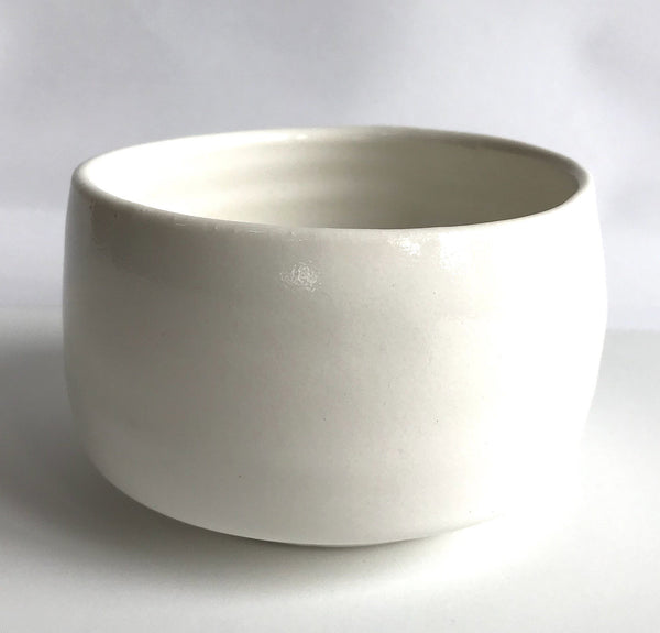 Pure Porcelain Chawan with dots