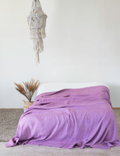 Load image into Gallery viewer, Linen Bed Throw in Deep Rose - Linen Couture