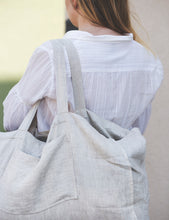 Load image into Gallery viewer, Linen beach bag - Linen Couture Boutique