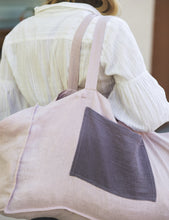 Load image into Gallery viewer, Linen beach bag with contrast pocket - Linen Couture