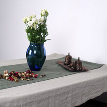 Load image into Gallery viewer, Linen table runner - Linen Couture