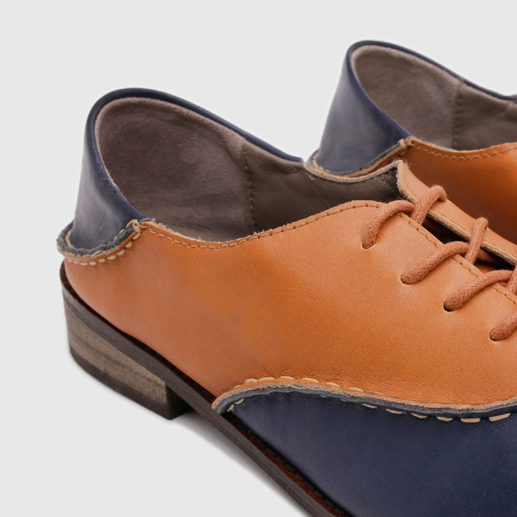 Women's Oxford in 2 Tone Blue Leather