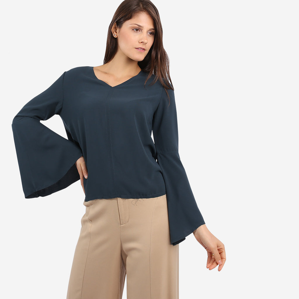 Green Flare Sleeve Top