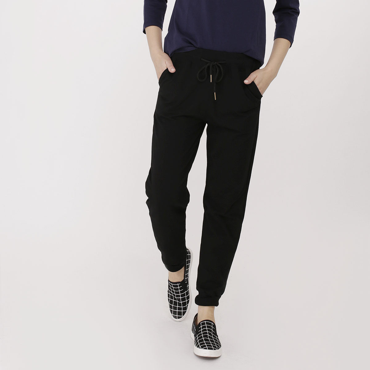 Black Basic Sweatpants