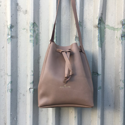 Good Winter GW3 Bucket Bag Large Mushroom
