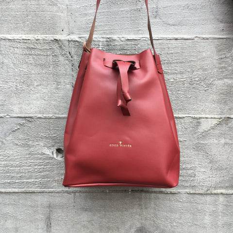 Good Winter GW3 Bucket Bag Large Pinot