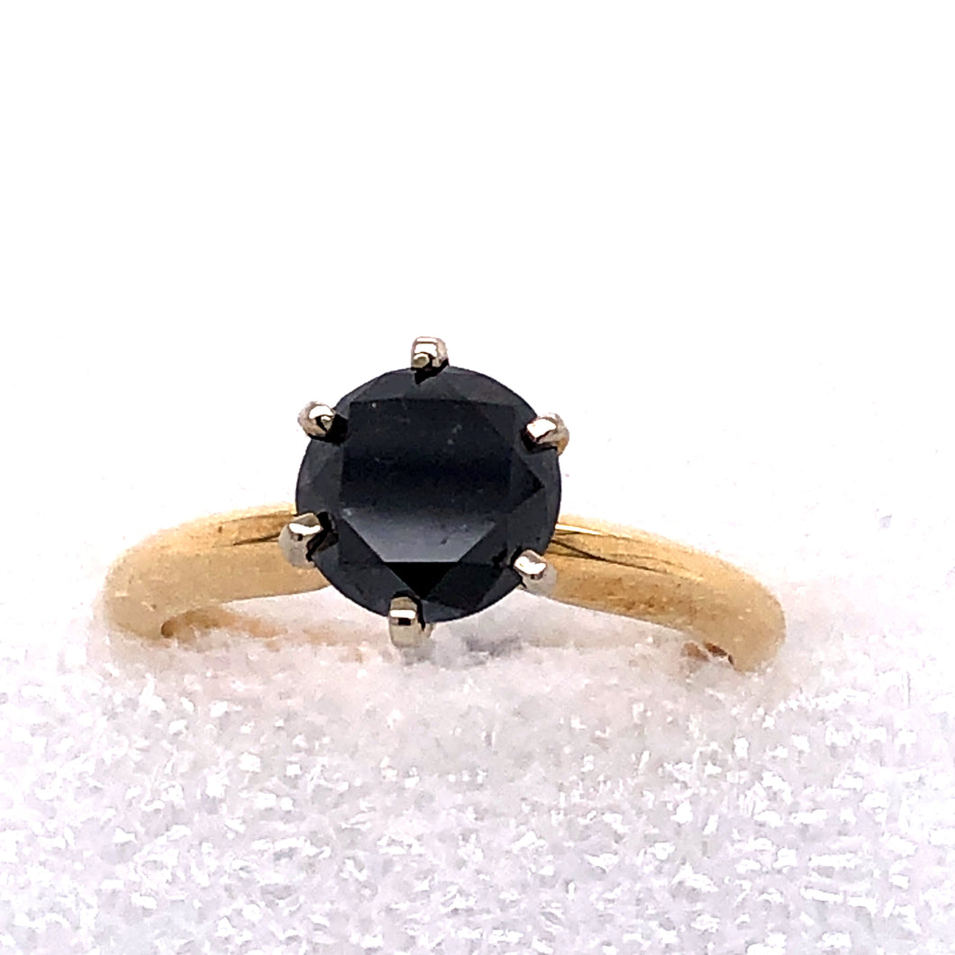 14 Karat Yellow Gold Ring with Black Diamond