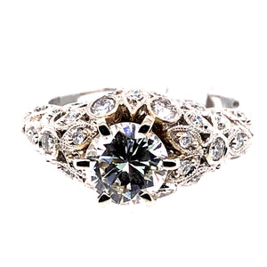 18 Karat White Gold Ring with Diamonds