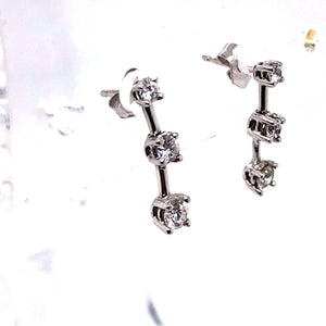 18 Karat White Gold Earrings with Diamonds