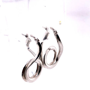 10 Karat White Gold Earrings