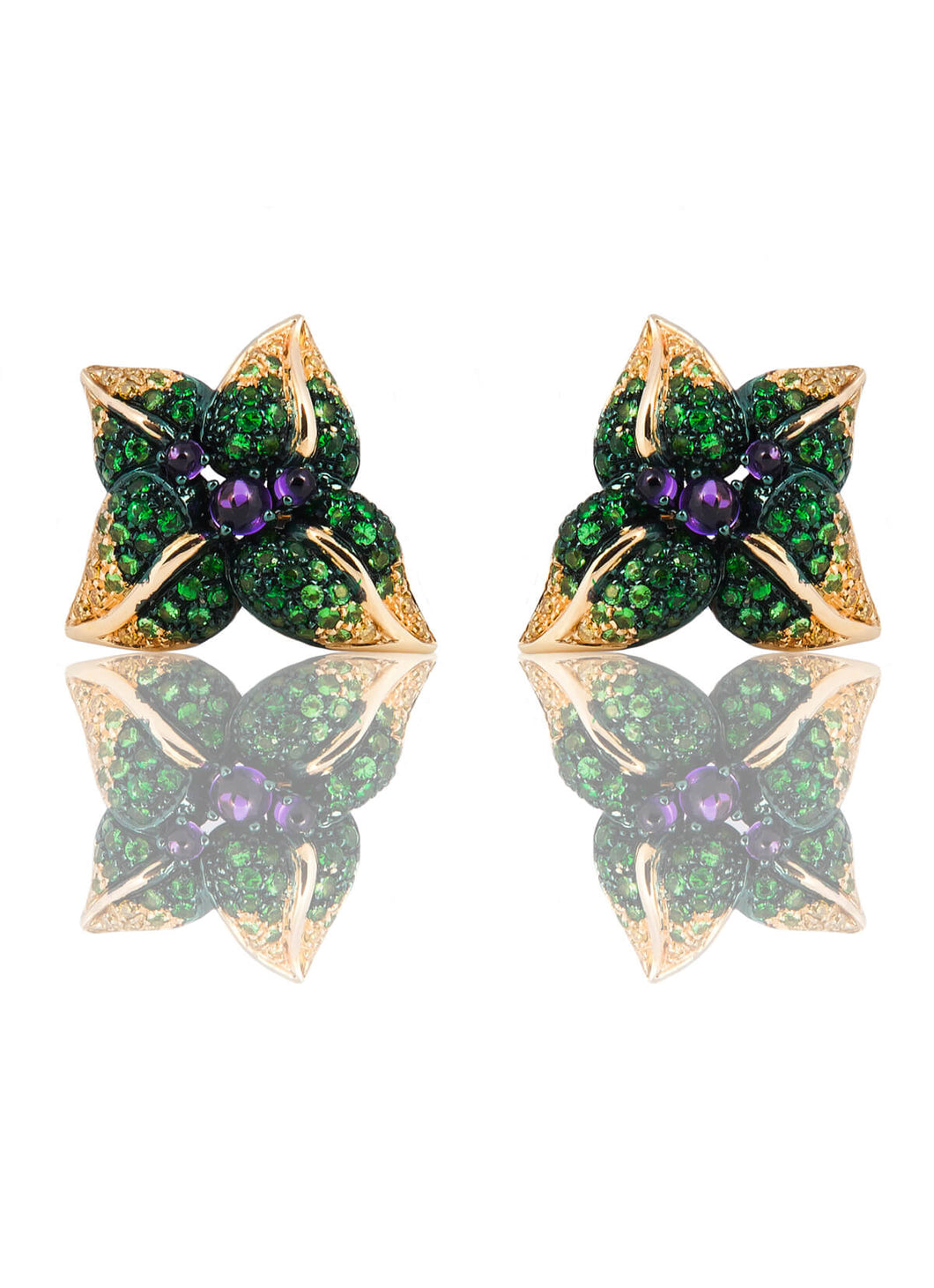 Iconic Emilia Stud Leaves Earrings