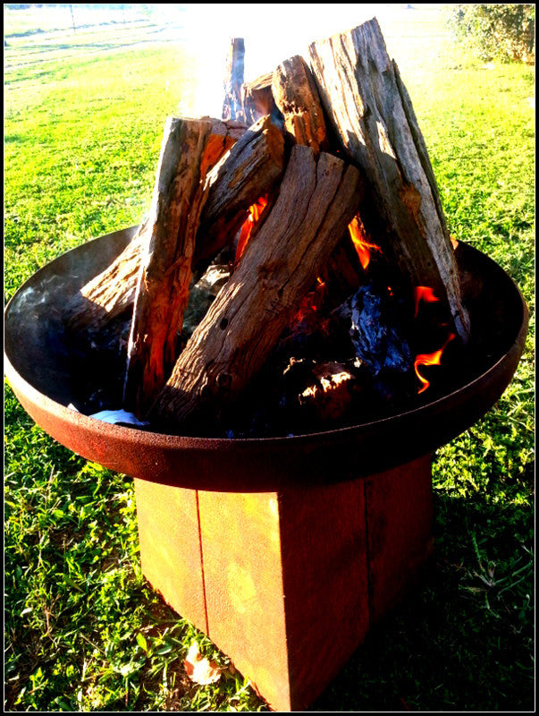 Goanna Outdoor Fire Pit 80cm