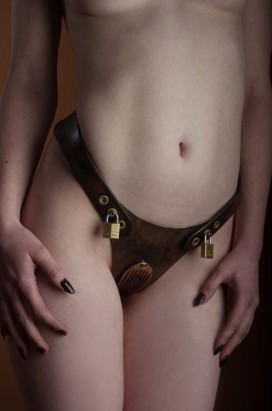 Women's Hybrid Chastity Belt With Steampunk Finish