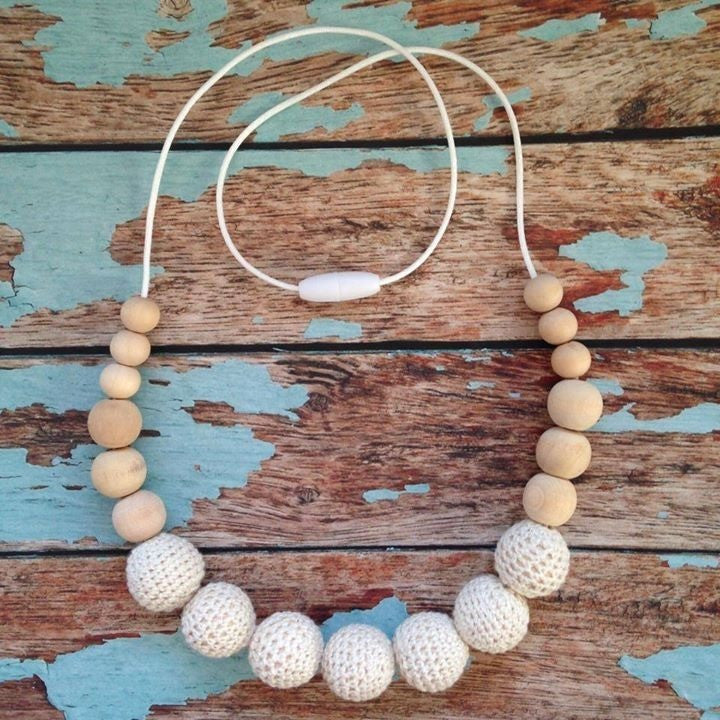 Crochet and Wood Bead Nursing Necklace - Cream/Wood - Teething Necklace - Nature Bubz - Carry Them Close