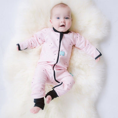 ErgoPouch - ErgoLayers Sleep Wear (1.0 Tog) - Rosewater Dandelion - Clothing - ErgoCocoon - Afterpay - Zippay Carry Them Close