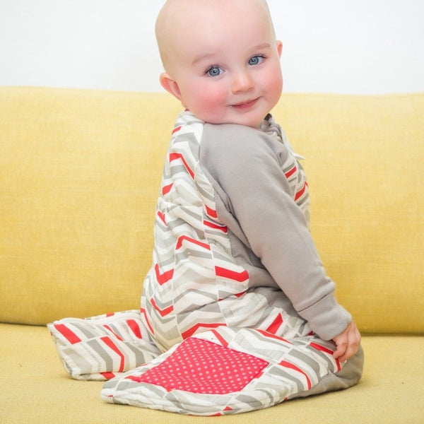ErgoPouch - Sleep Suit Bag Winter (2.5TOG) - Red Arrow - Baby Sleeping Bags - ErgoCocoon - Carry Them Close