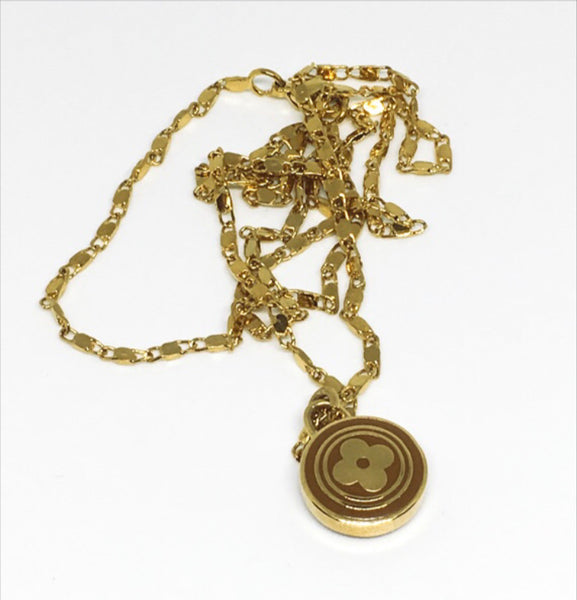 Louis Vuitton Small Toffee and Gold Rounded Clover Necklace