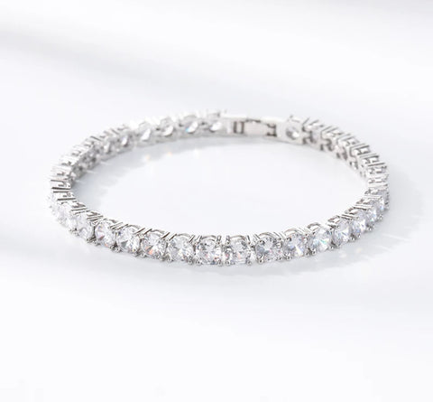 Round Diamond Cut Crystal Bracelet- Clear