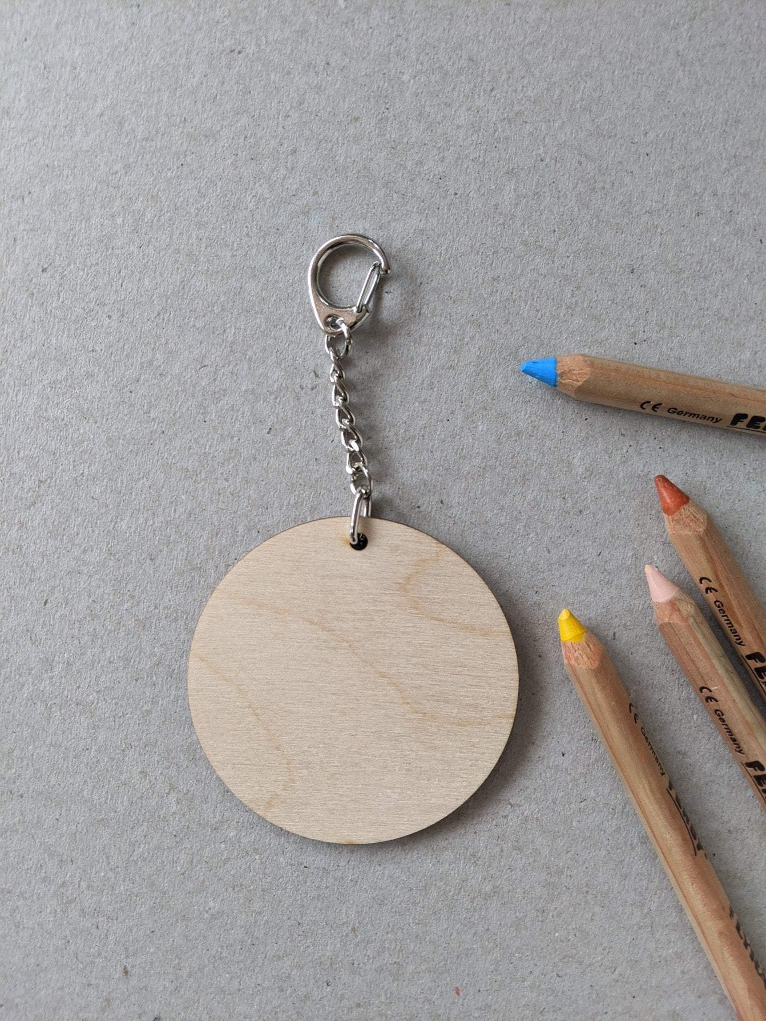 Wooden keyring craft kit - The Stationery Cupboard