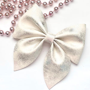Leather Bow- IVORY PATINA