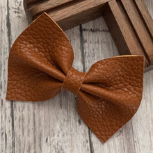 Load image into Gallery viewer, Leather Bow- COGNAC