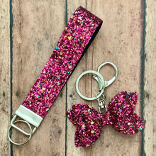 Load image into Gallery viewer, Keychain- MAGENTA MUSE