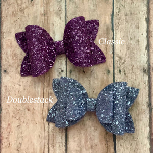 Glitter Bow- MULBERRY GLASS