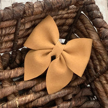 Load image into Gallery viewer, Suede Bow- CAMEL SPARKLE