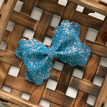Load image into Gallery viewer, Glitter Bow- BLUE SKIES