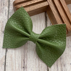 Leather Bow- MOSS