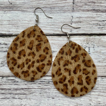 Load image into Gallery viewer, Earrings- FURRY BROWN LEOPARD