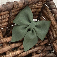 Load image into Gallery viewer, Suede Bow- CYPRESS SPARKLE