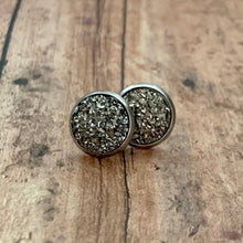 Load image into Gallery viewer, Earrings- GUNMETAL DRUZY