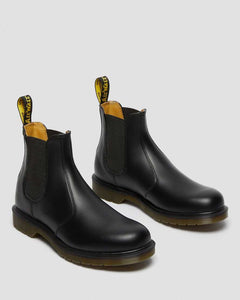 Dr. Martens SMOOTH LEATHER CHELSEA BOOTS
