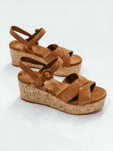 Load image into Gallery viewer, TOMS WILLOW CARMEL BROWN SUEDE