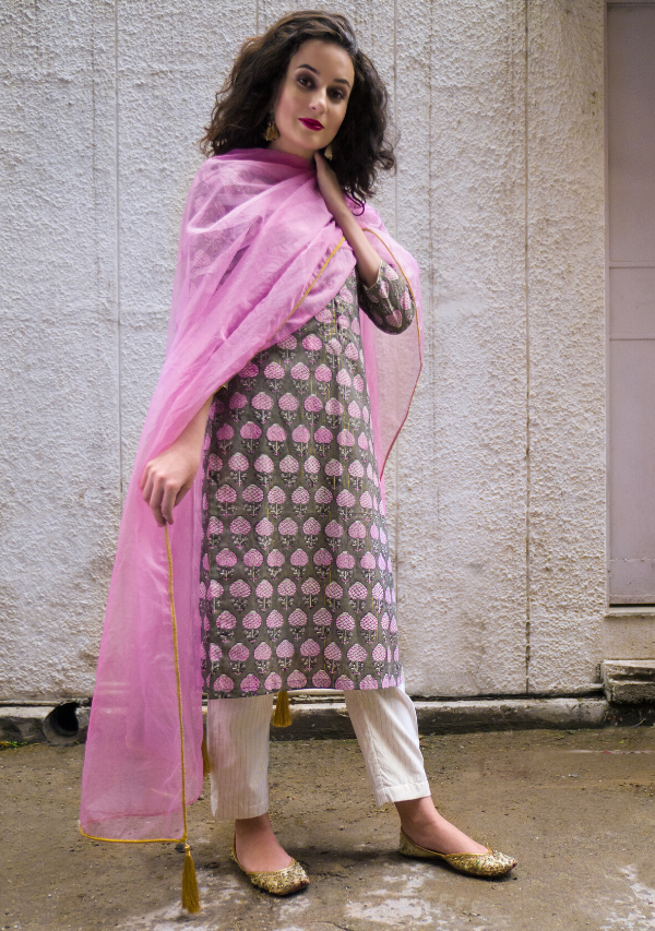 Ash Grey Kurti Set w/ ecru stripe pants & powder pink organza Dupatta