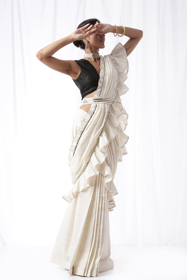 Zip Up Saree with Belt - Off white (Set of three)