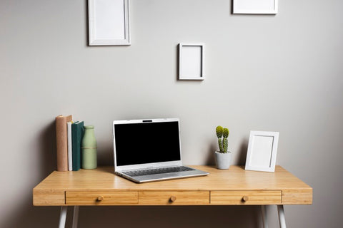 Neat Organized Desk Cleaning Your Desk