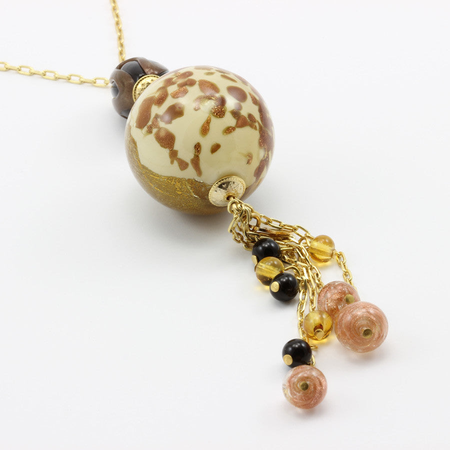 JANET – Golden Murano Glass Round Pendant Necklace - www.LaBellaDentro.com