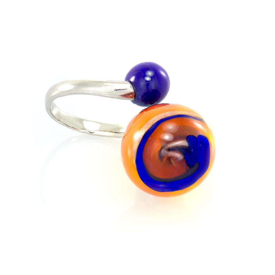 OPTICAL - Ring with Two Beads, Orange and Blue - www.LaBellaDentro.com