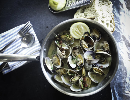 Frozen Whole Shell White Clams - LeMed